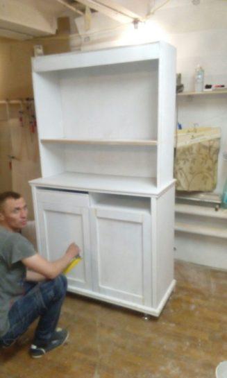 Ремонт корпусной мебели нашим специалистом